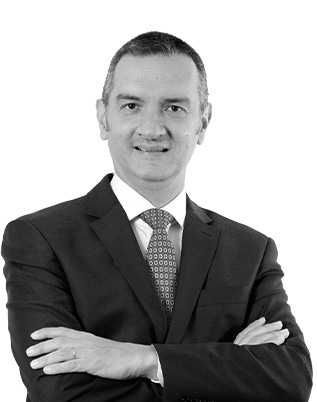 Retrato do associado Roberto Quiroga Mosquera