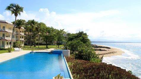 3 Bedroom Beachfront Condo with Great Views