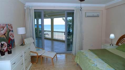 Hispaniola Beach Beach front condo