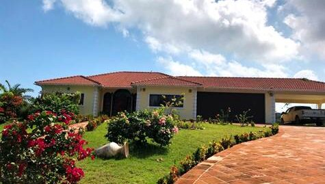 Spacious Villa in Upscale Gated Community