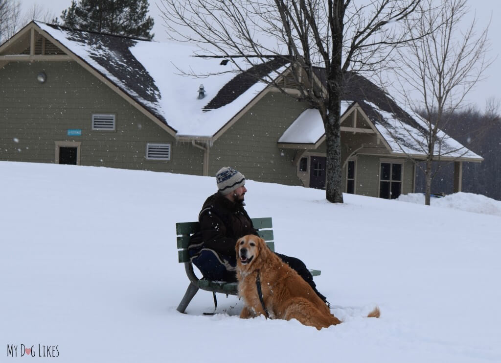 Sitting on a bench outside the Woodside Lodge at Black Creek Park. Harley and I decided to rest here while Rach and Charlie checked out the sledding hill.