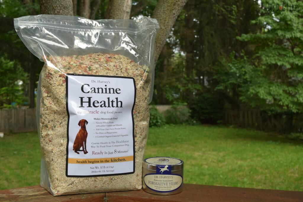 Dr. Harvey's Canine Health can form a great base for a home made or raw diet for dogs.