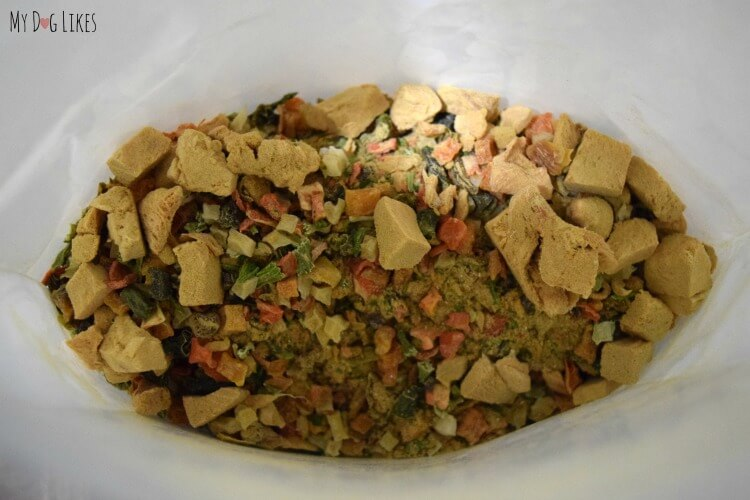 Taking a closer look at the ingredients for our Oracle Dog Food Review.