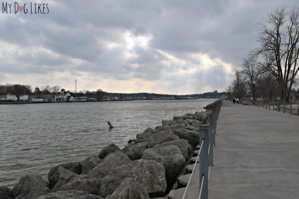 Looking into the Port of Rochester from the Pier