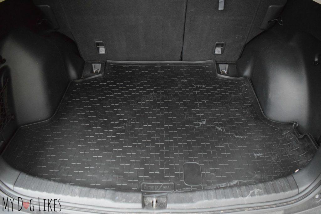 Custom fit cargo liner for a Honda CR-V