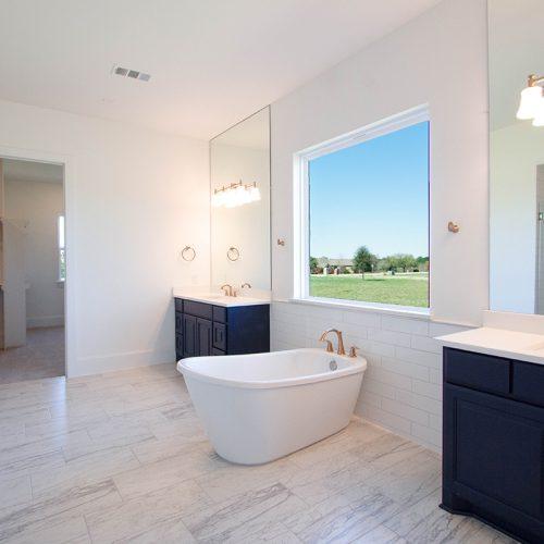 Grandview Point Master Bath