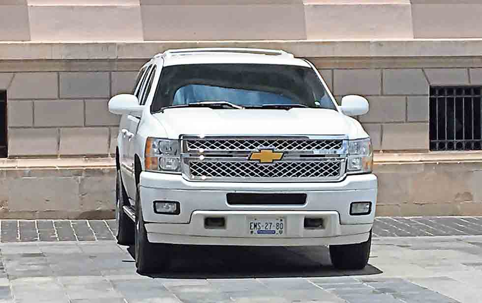 Cuenta Gobierno del Estado con parque vehícular de 80 camionetas blindadas