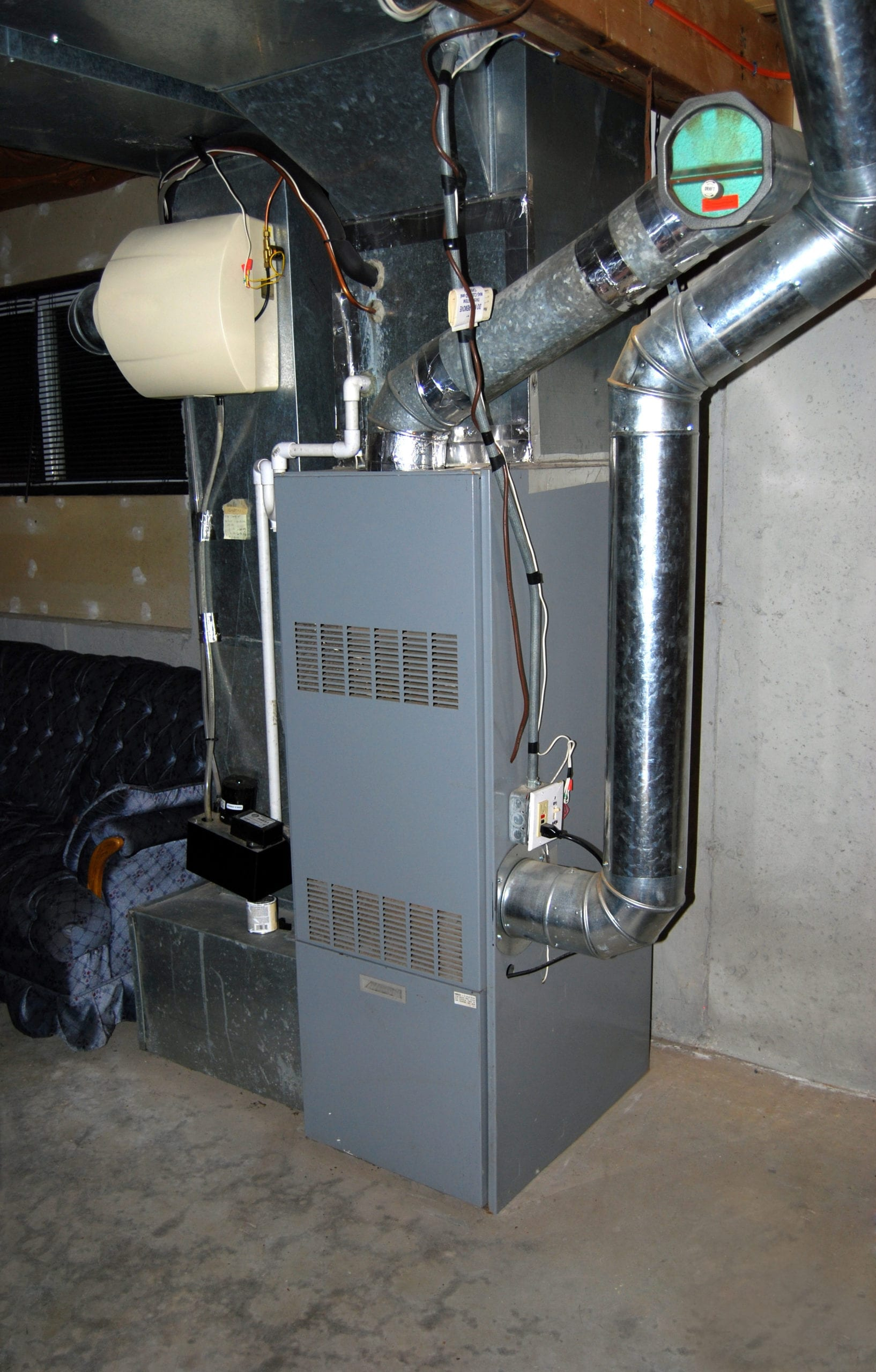 Remove odor causing mold from air ducts