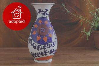 0001-VAS-hand-painted-suzani-vase-adopted