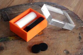 0032-acrylic-backgammon-box