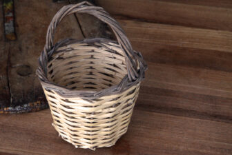 0100-egg-basket