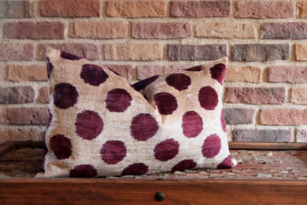0334-silk-velvet-pillow