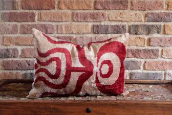 0375-silk-velvet-pillow
