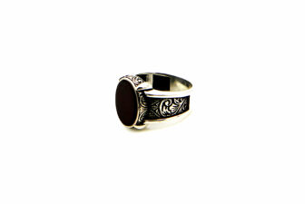 0012-hand-crafted-mens-ring