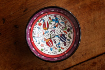 1013-hand-painted-iznik-bowl-above-1