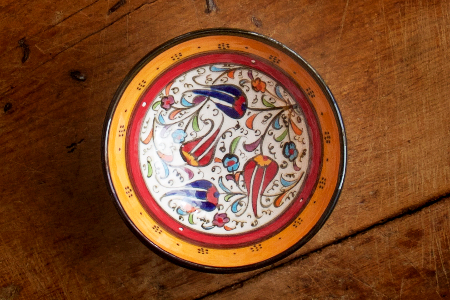 1024-hand-painted-iznik-bowl-above-2