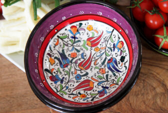 1513-hand-painted-iznik-bowl-above-1