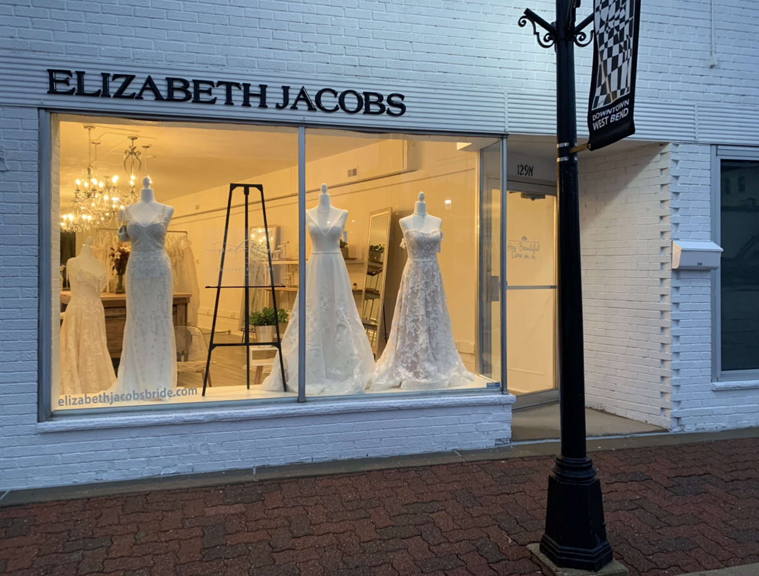 Bridal shop with petite to plus sized wedding dresses in Wisconsin