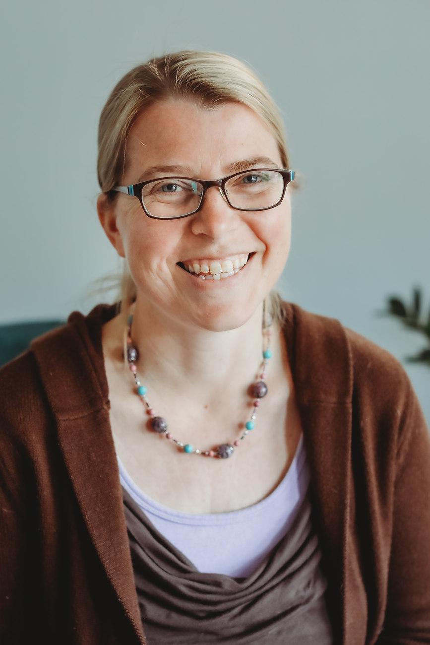 Eleanor Miller Therapist