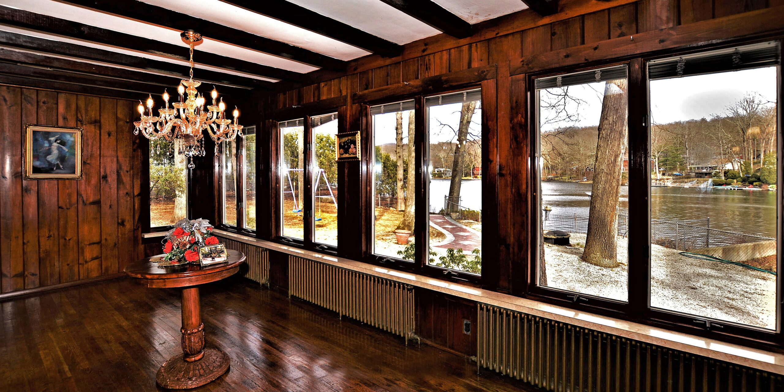 11-Dining-Room-View-of-Cupsaw-Lake-3427