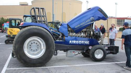 New-Holland-Airborne-Tractor-TrkSupers-2019