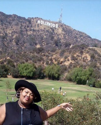 Markeda visiting Mary Mary in Hollywood