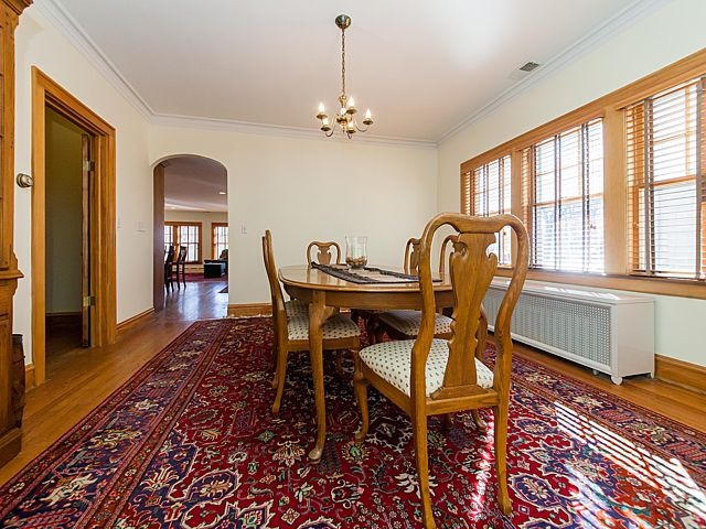 dining table 2 (photo4-5)