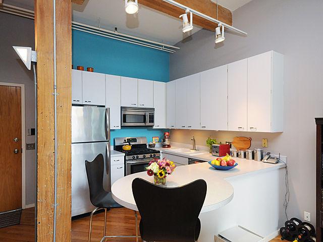 kitchen 2-2 (photo3-13)