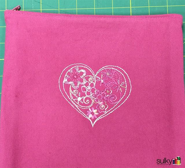 Breeast Cancer zipper bag 1