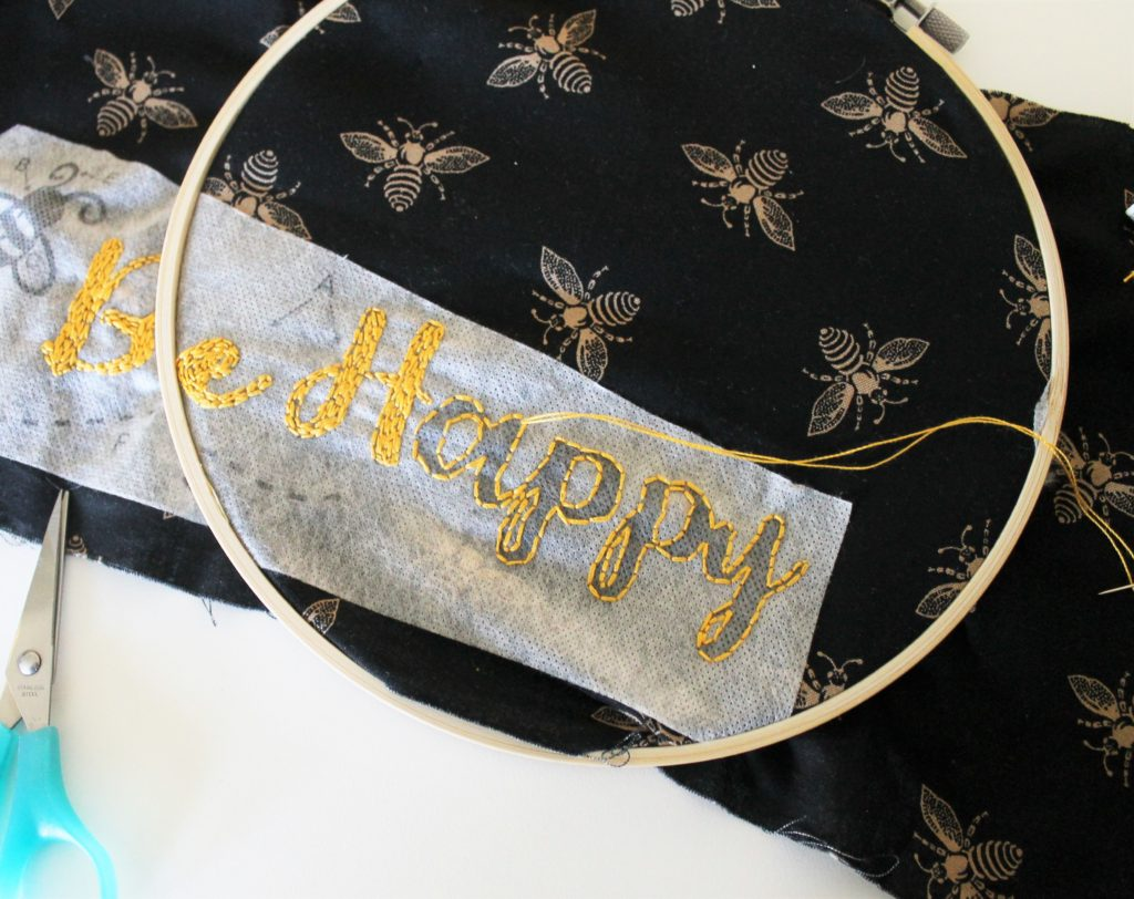 embroidered apron pattern