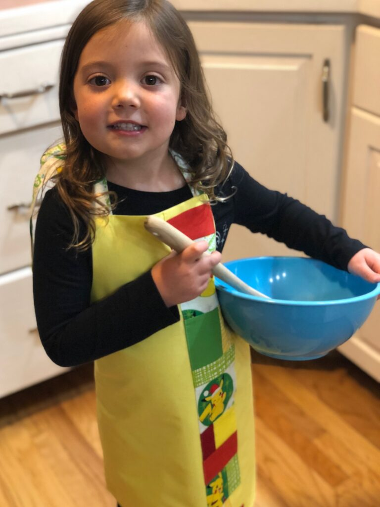 holiday apron gifts to sew