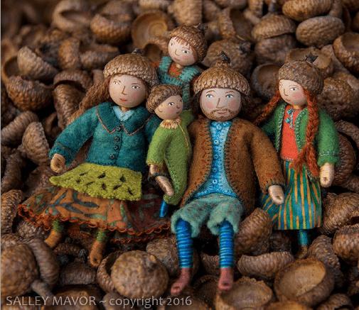 wee folk dolls by Sallie Mavor