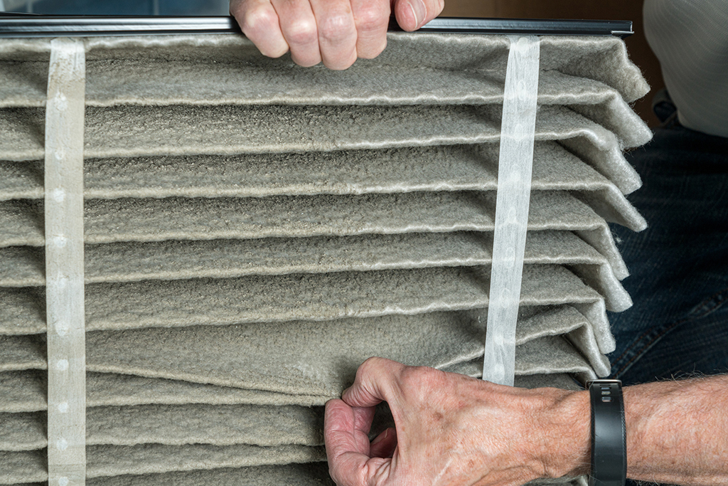 Heating-and-AC-Repair--Common-Mistakes-Homeowners-Make-with-Their-HVAC-Systems-_-Minneapolis,-MN