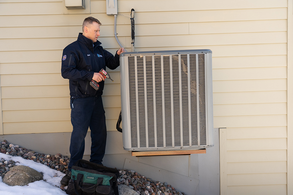 Choosing-the-Right-Go-To-Professional-Heating-and-Air-Conditioning-Repair-Expert-_-Minneapolis,-MN