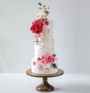 wedding cake pedestal wood