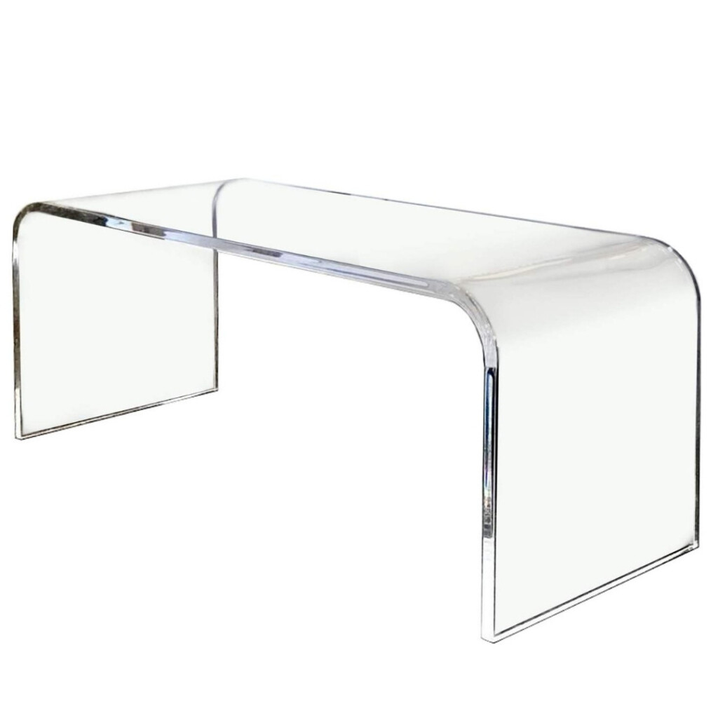 Luna Table Image