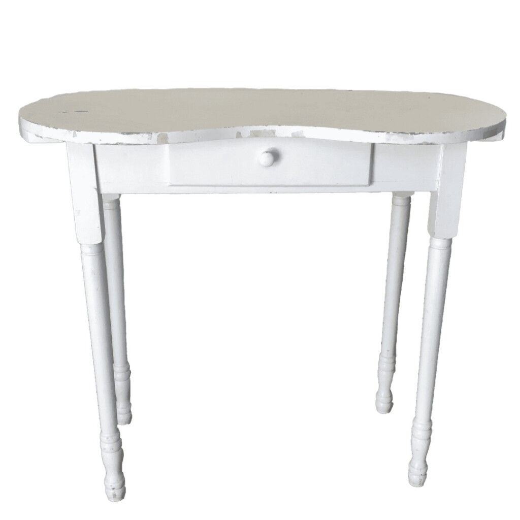 Poppy Table Image
