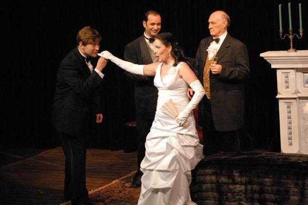 Violetta's introduction to Alfredo Germont (Tenor, Sergio Cepeda)
