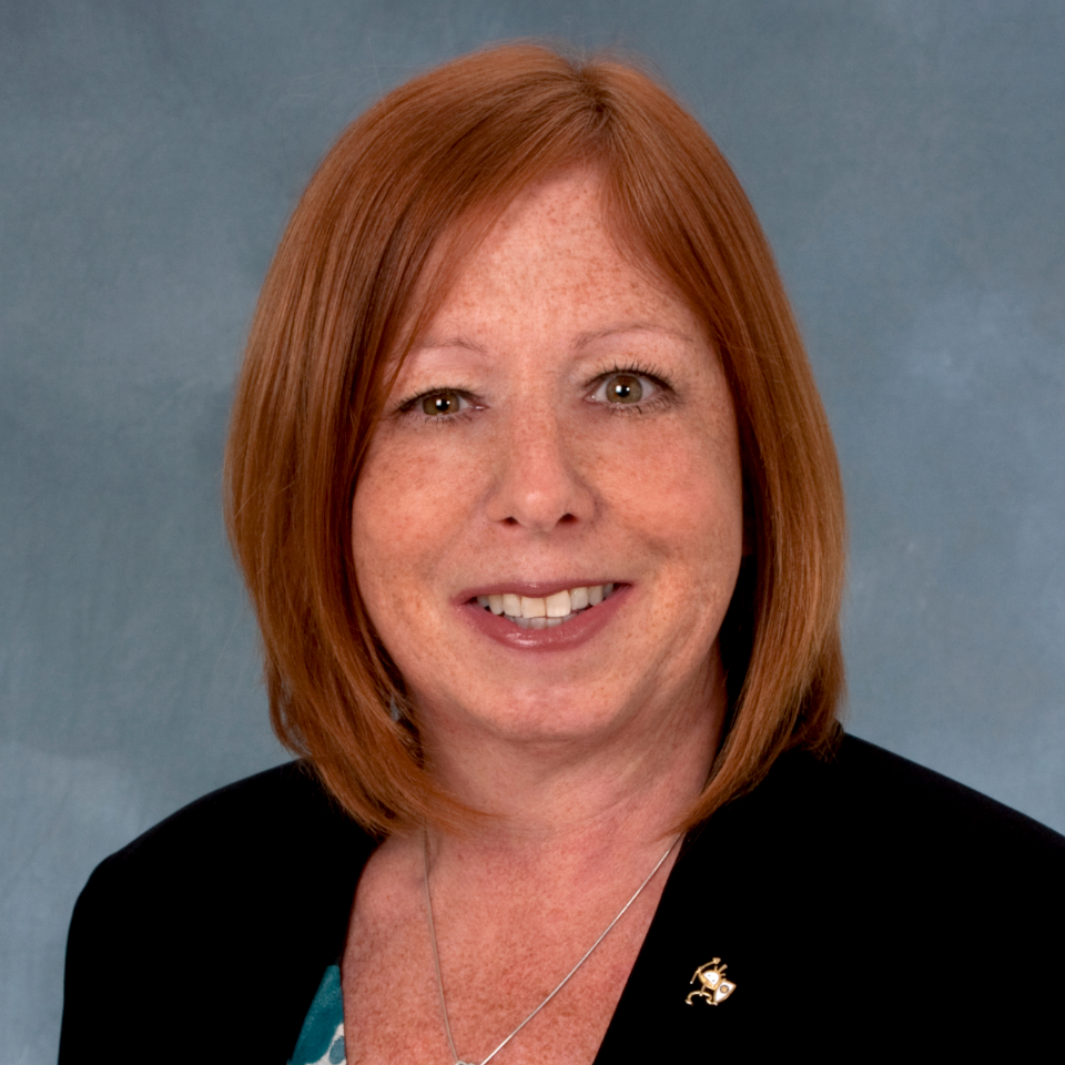 Photo of Wendy nelson CEO of Wind River Wealth Advisors, services include, portfolio management, asset management, investment management, wealth management, retirement planning, and financial planning