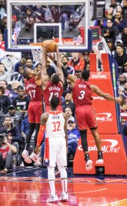 Wizards defense falls in final stretch of season opener against the Heat