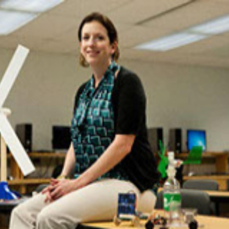 Jennifer Clemons, Delaware Community College Renewable Energy Solar program faculty member