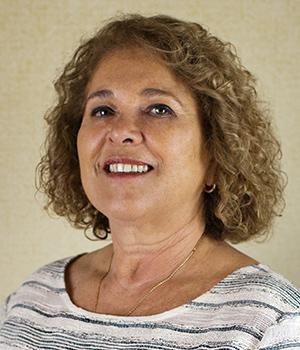 Linda Zell