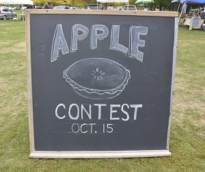 apple-pie-maggie-chalkboard