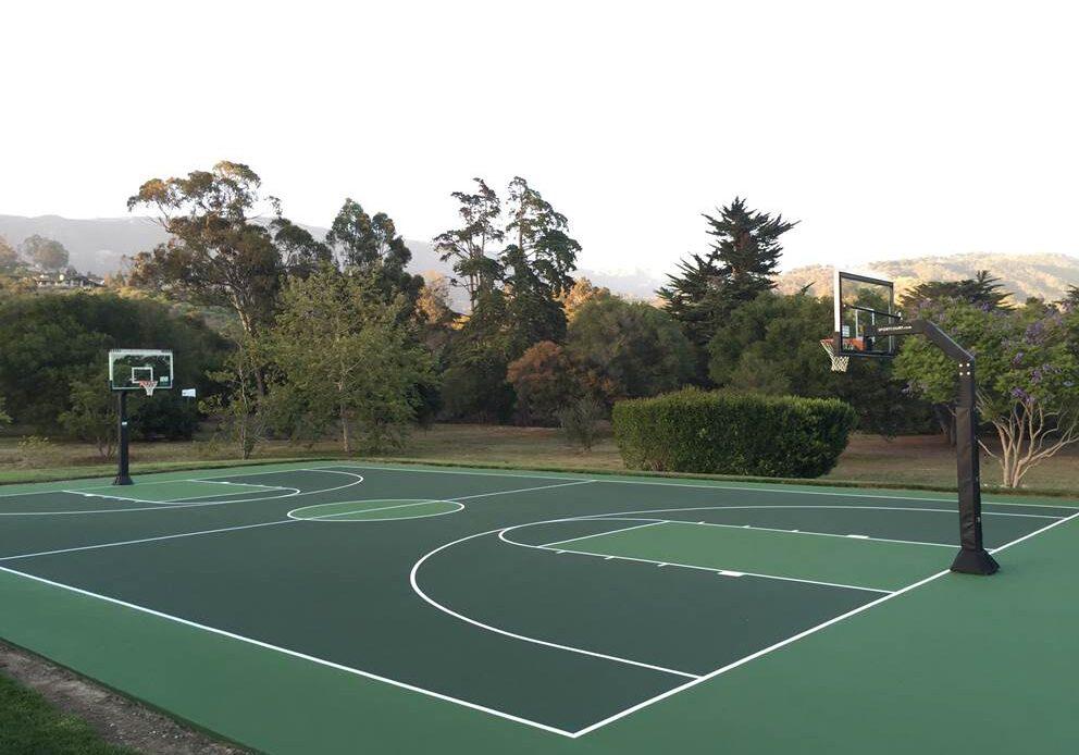 greenbasketball court