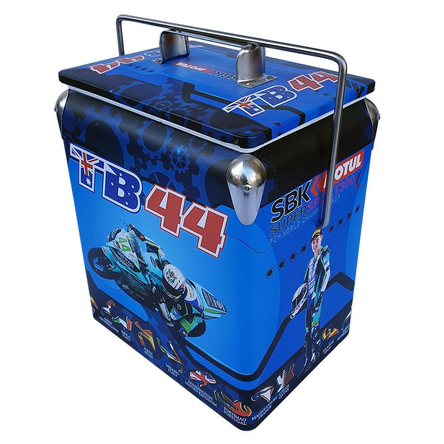 2019 TB44 Retro Esky - 17lt Retro Cooler - Corner 2