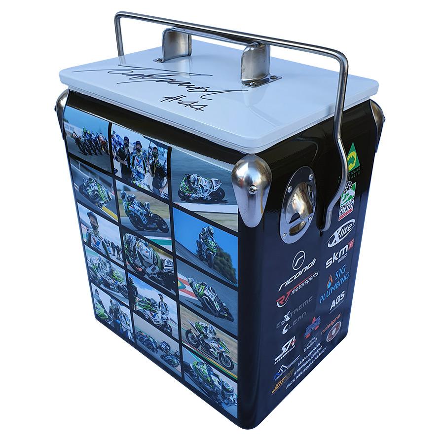 2020 TB44 Retro Esky - 17lt Retro Cooler - Corner 1