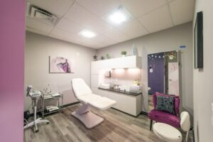 salon with disinfecting light