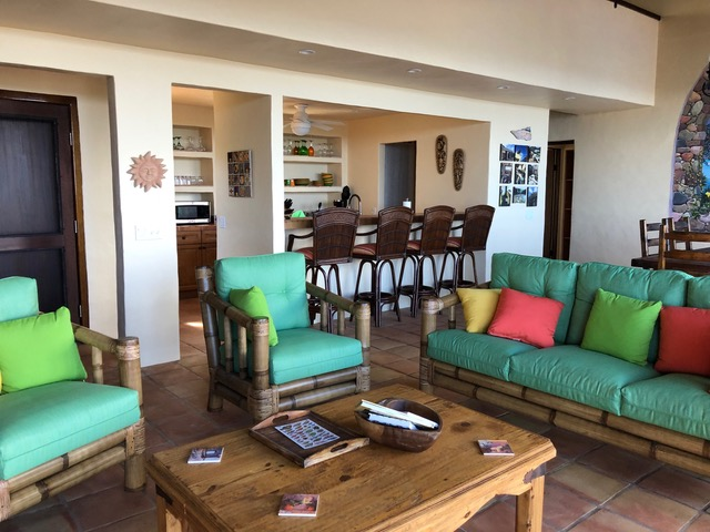 Casa Yaya living area