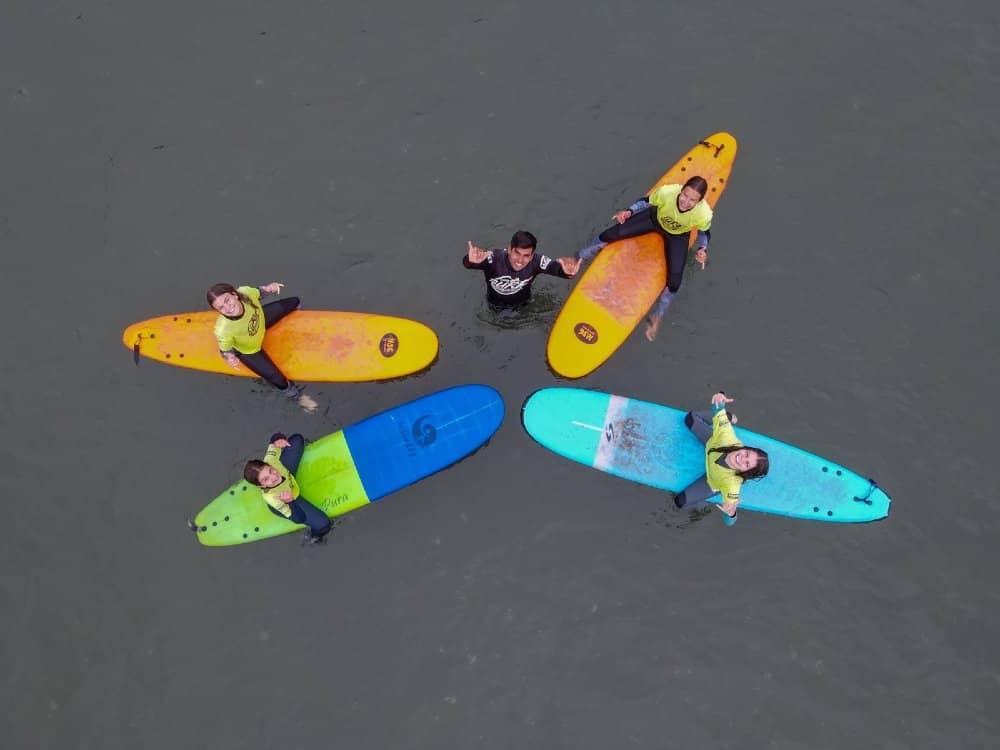 clase de surf salinas de pullally club de surf salinas