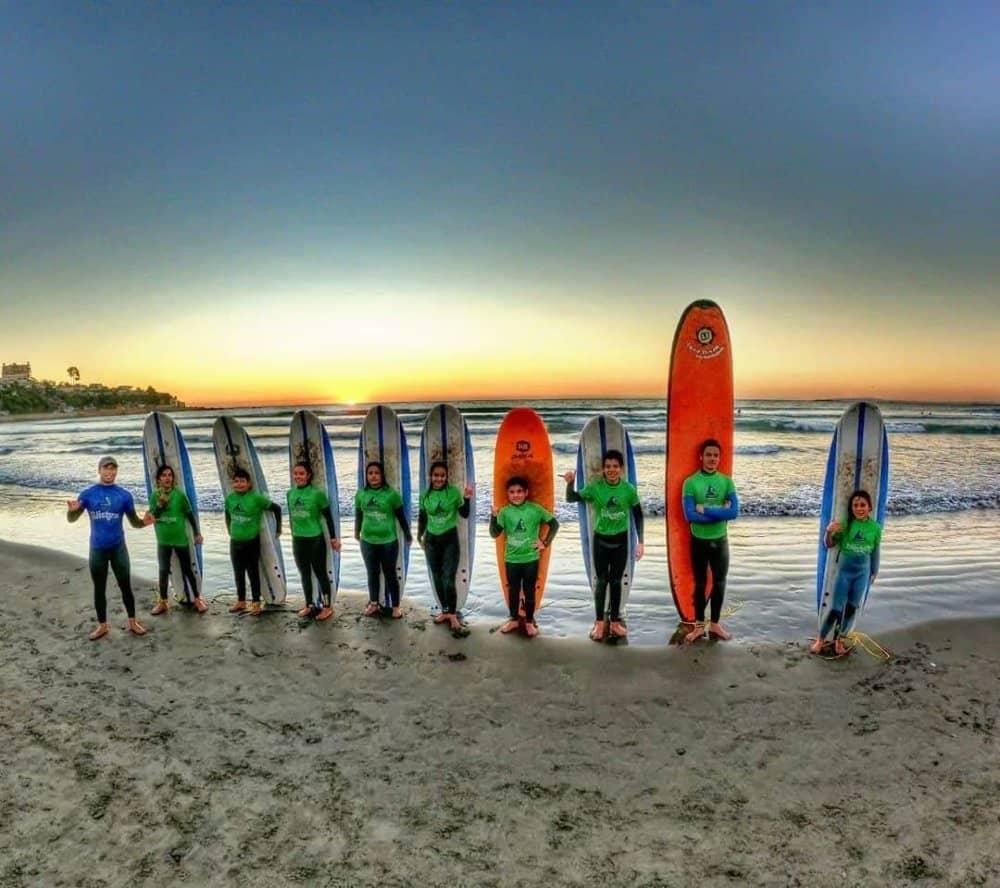 curso de surf colectivo playa la boca concon academia deportiva freesport